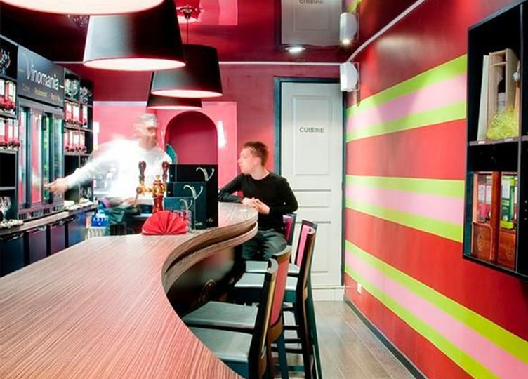 Commerces horeca categories delta architects - Amenagement bar a vin ...